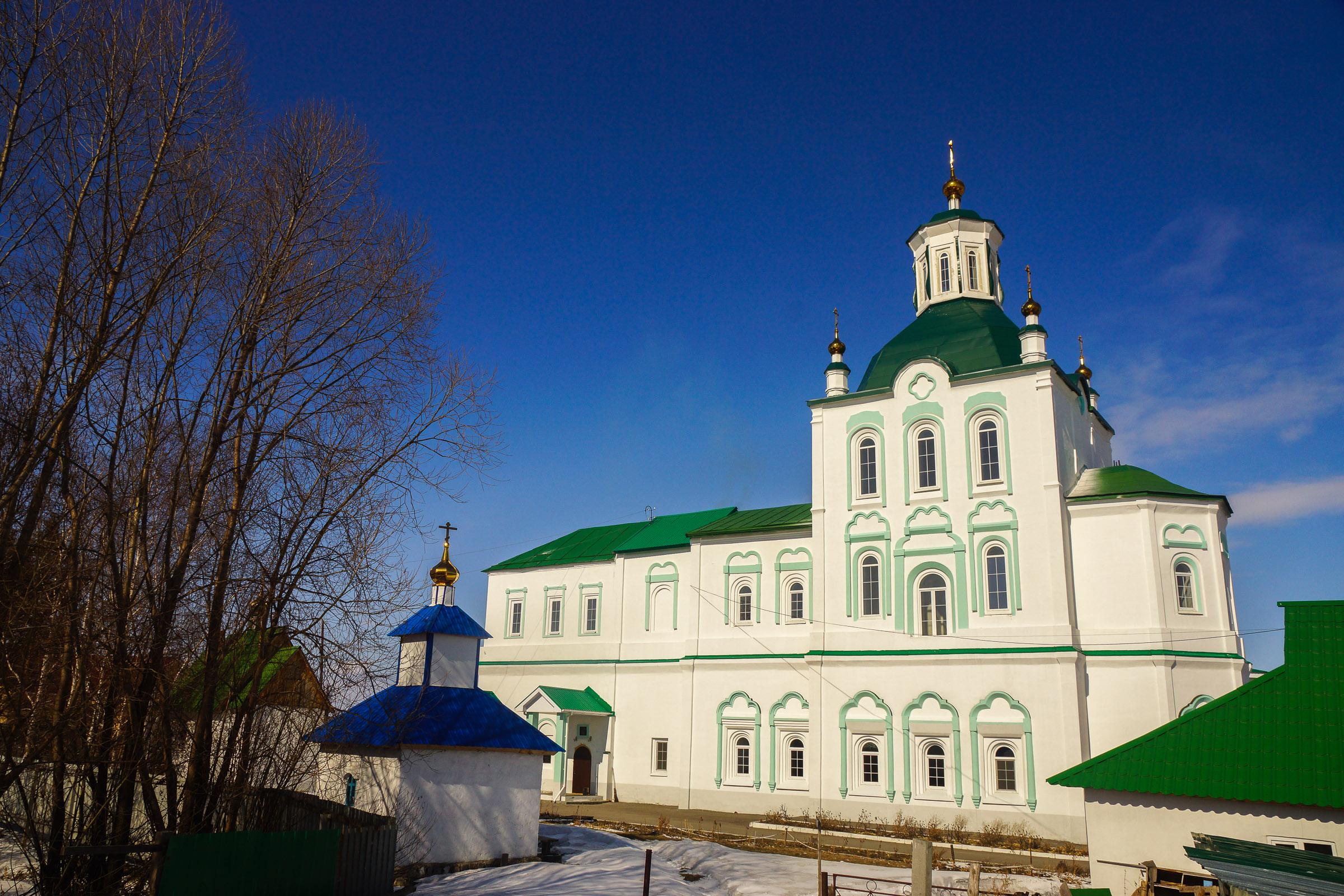 Свято-Троицкая церковь в селе Усть-Ницинское Слободотуринского района