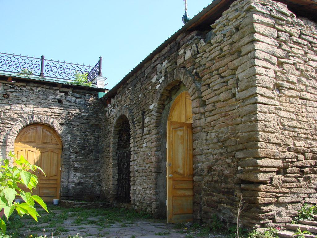 Склеп Свято-Троицкого собора в Алапаевске