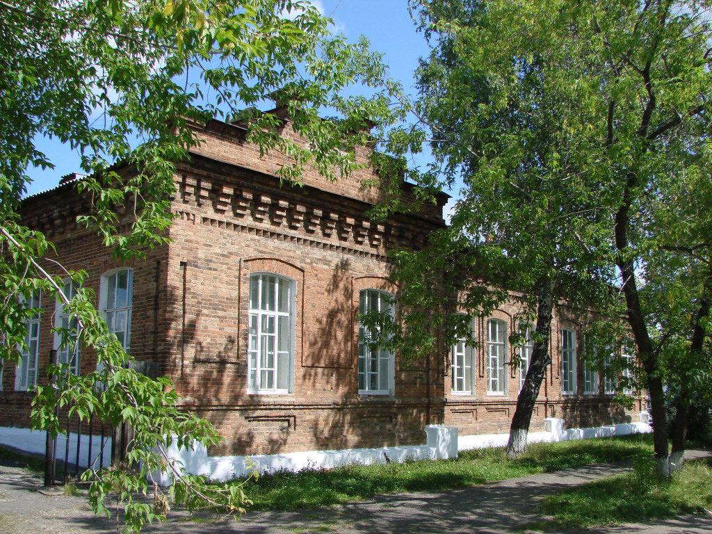 Напольная школа в Алапаевске.