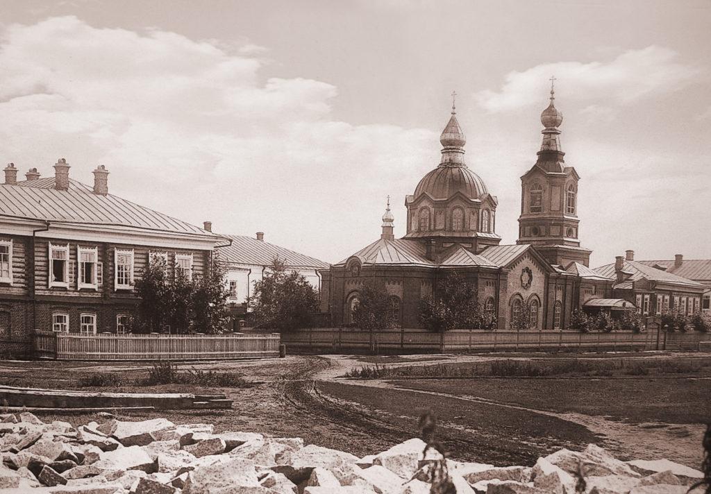 Покровский женский монастырь в Верхотурье: Новая Покровская церковь, фото начала XX века