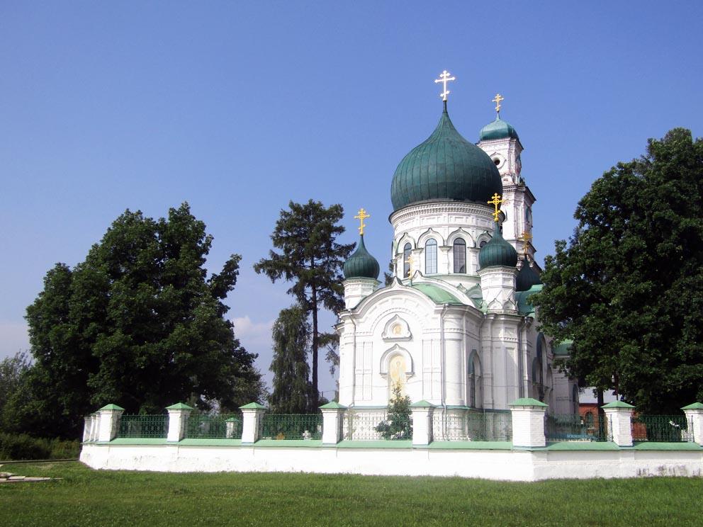 Храм Михаила Архангела пронес свечу православия через все годы XX столетия