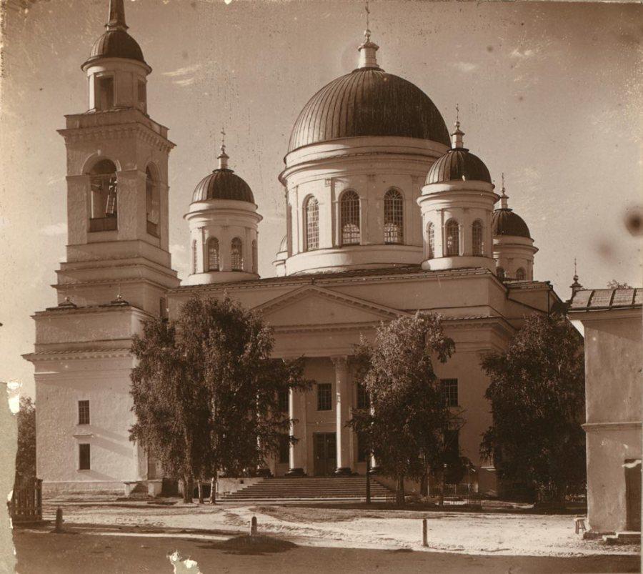 Александро-Невский собор, фото начала XX века