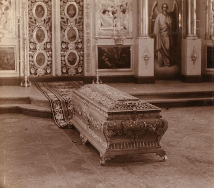 Рака Симеона Верхотурского. Фото 1909 года