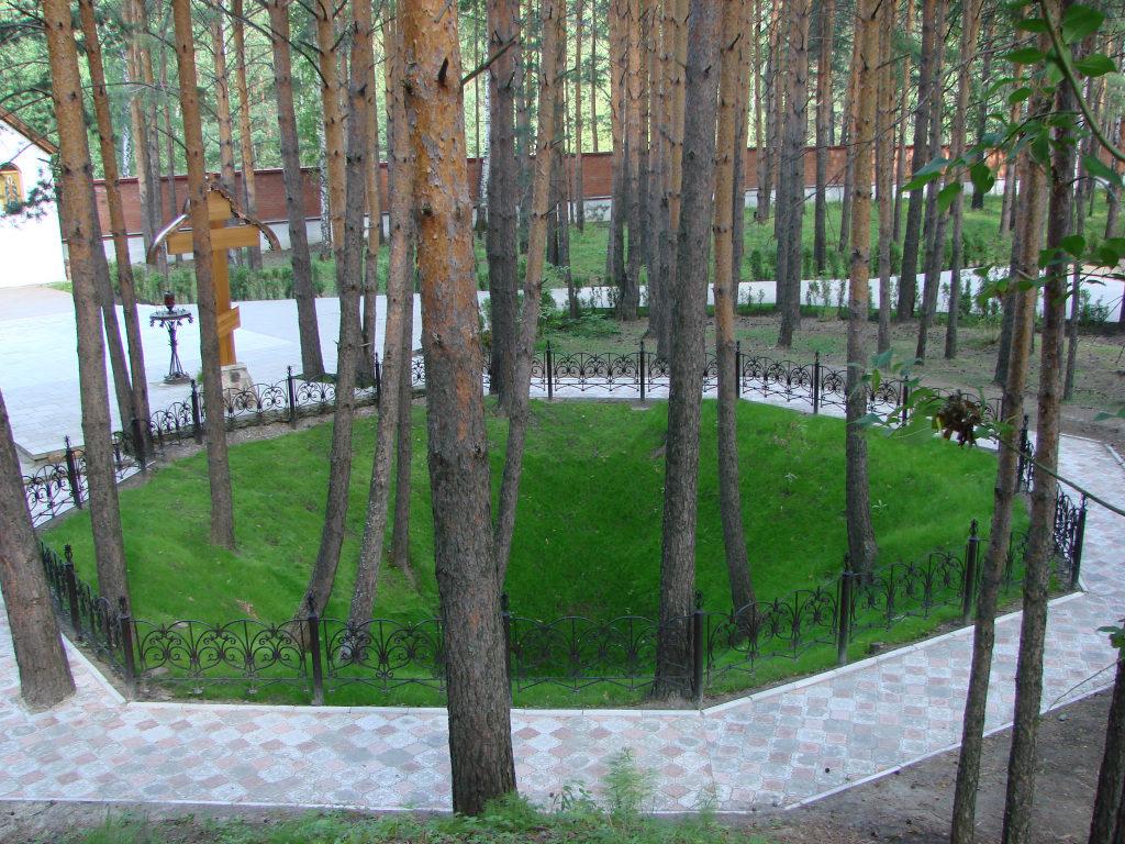 Старая шахта, место гибели Елизаветы Федоровны и других князей рода Романовых
