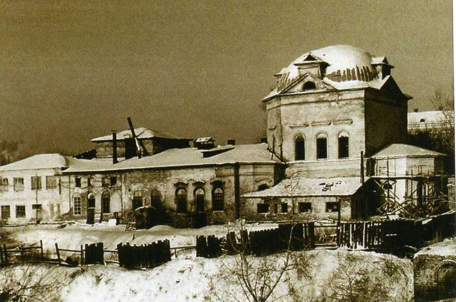 Так выглядел Троицкий собор в советские годы