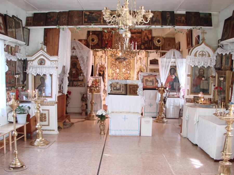 Иконостас Вознесенской церкви в Невьянске, в храме служба прерывалась лишь с 1941 по 1943 годы