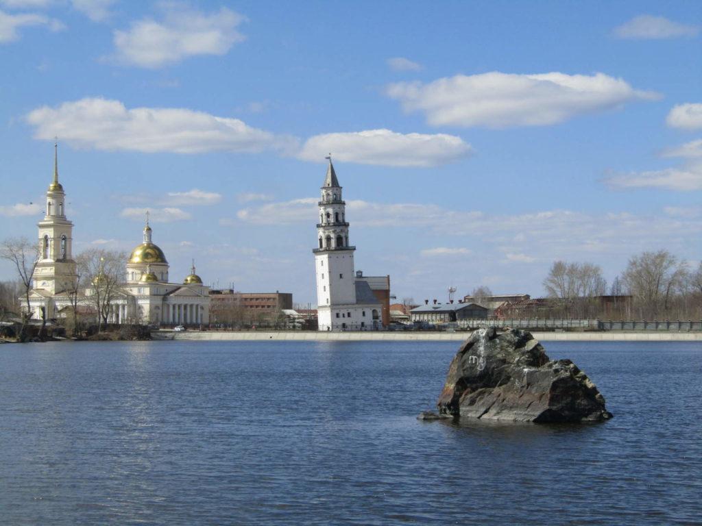 Невьянская башня и собор