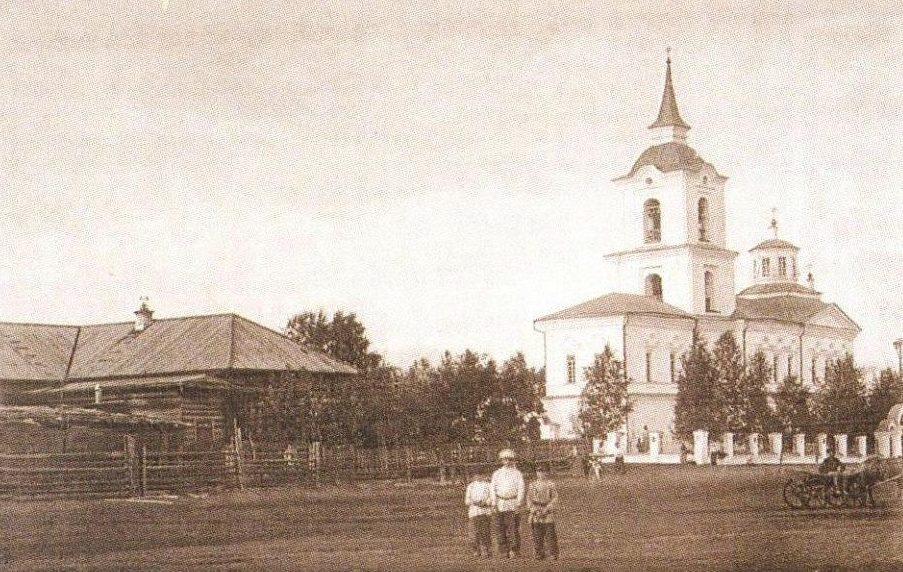 Храм в Дерябино в начале XX века