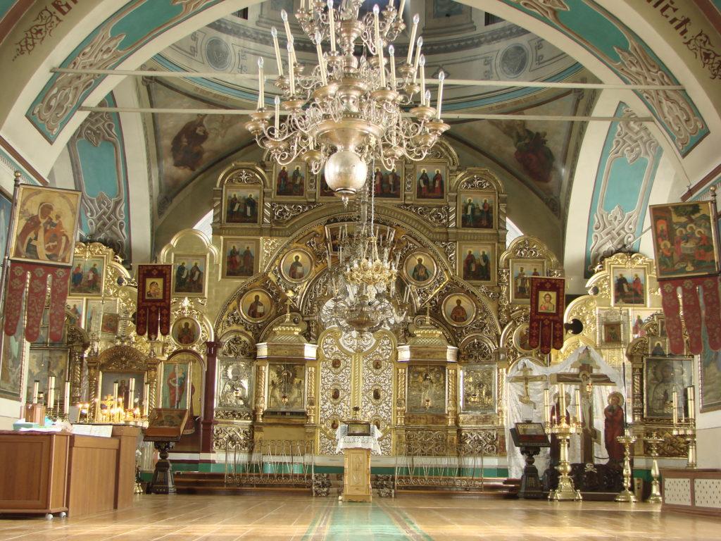 В Знаменском храме