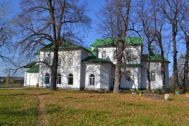 Сретенская церковь в селе Мурзинка