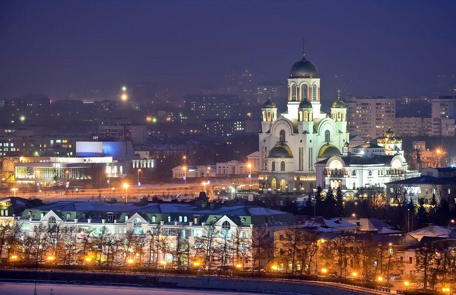 Храм-на-Крови вечером
