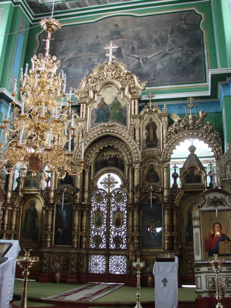 Иконостас Свято-Троицкого храма в Ирбите