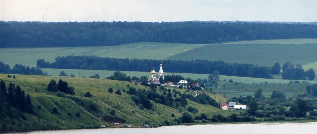 Верхне-Чусовская Казанская Трифонова Пустынь: общий вид на монастырь