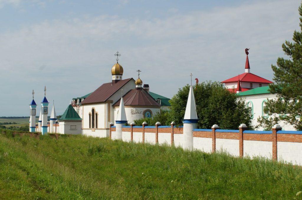Покровский Эннатский монастырь