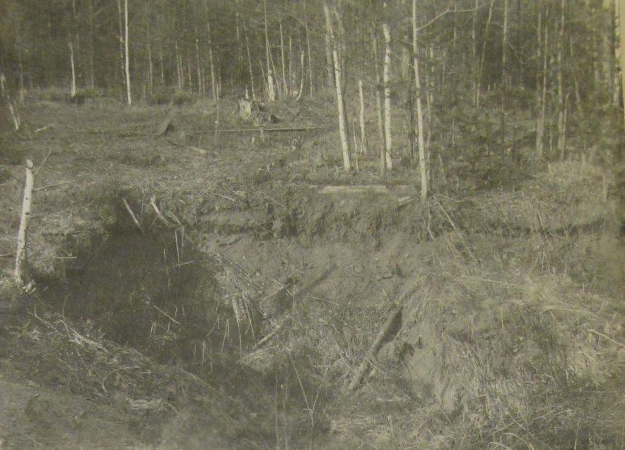 Старая шахта сразу после трагедии