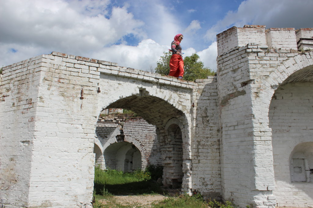 Крепостные стены Свято-Успенского Далматовского монастыря сегодня