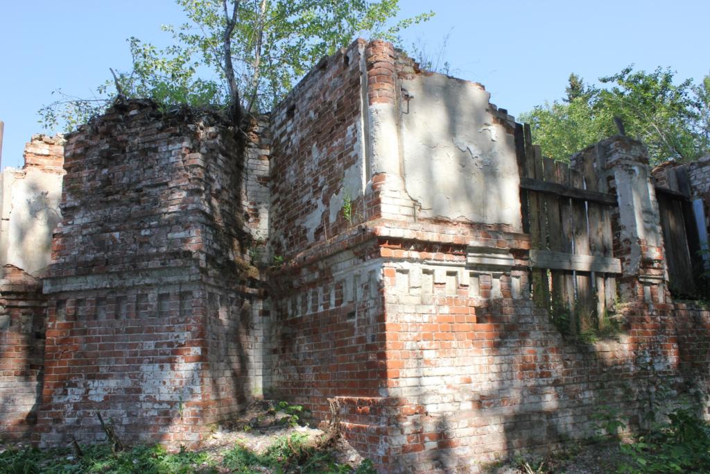 Руины Введенской церкви в наши дни