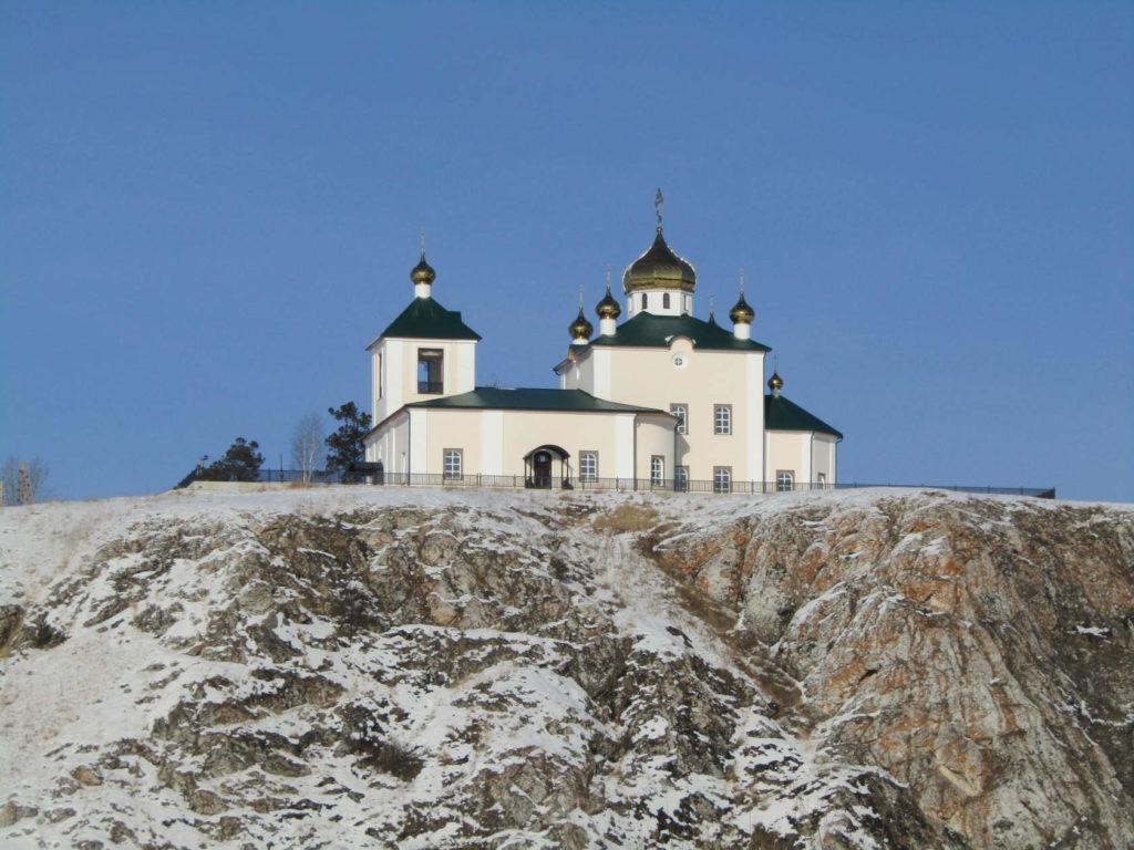 Казанская церковь в Арамашево зимой