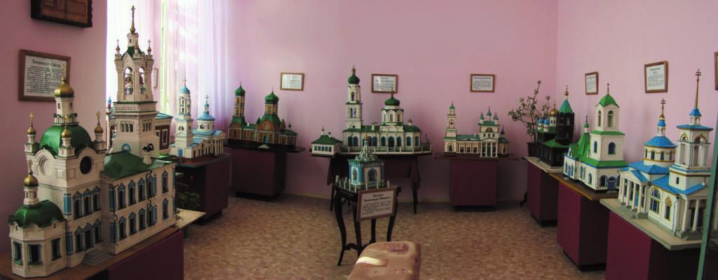 Макеты старинных храмов Камышловского уезда