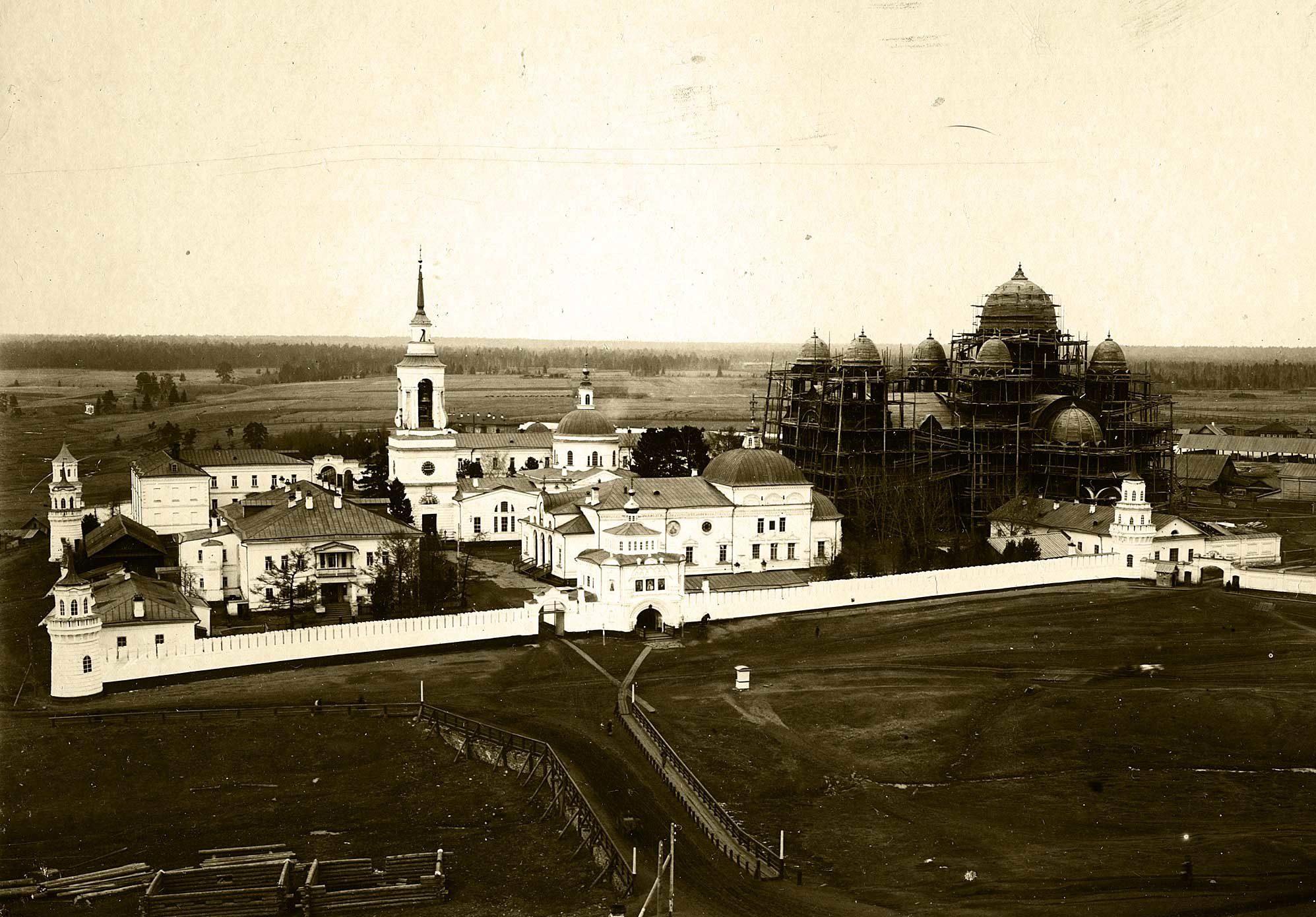 Верхотурский Свято-Николаевский мужской монастырь. 1909 год. Строительство Крестовоздвиженского собора
