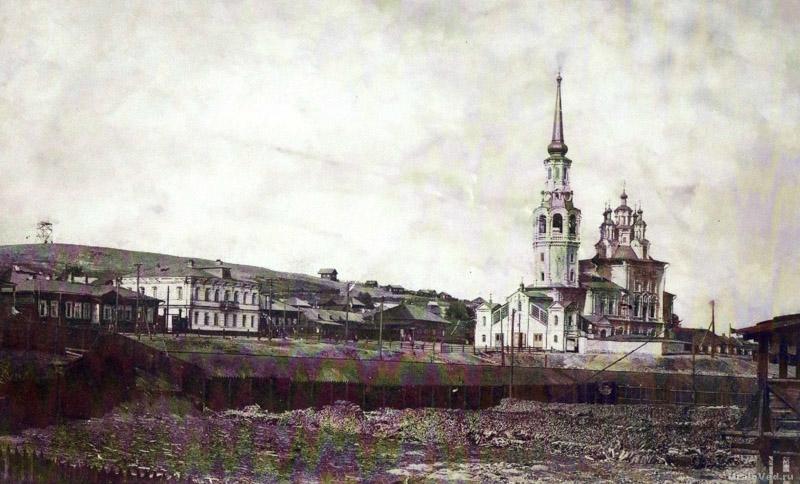 Введенский собор в Карпинске в начале XX века