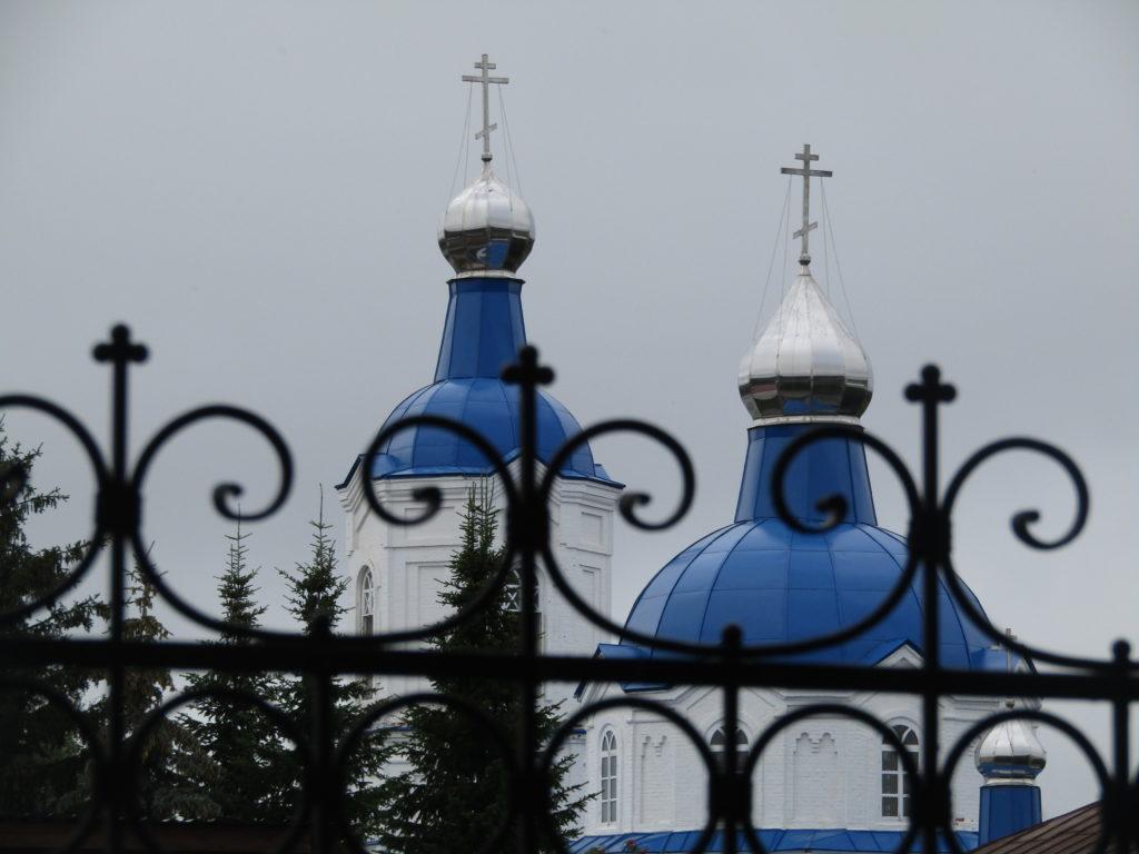 Покровский женский монастырь в Верхотурье: купола нового Покровского храма