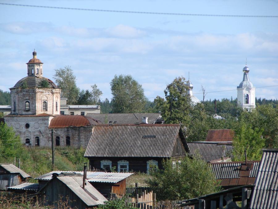 Пейзаж с Покровскими храмами в Верхотурье