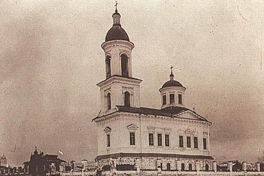 Воскресенская церковь в Верхотурье в начале XX века
