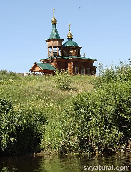 Село Костино: храм Покрова Божией Матери