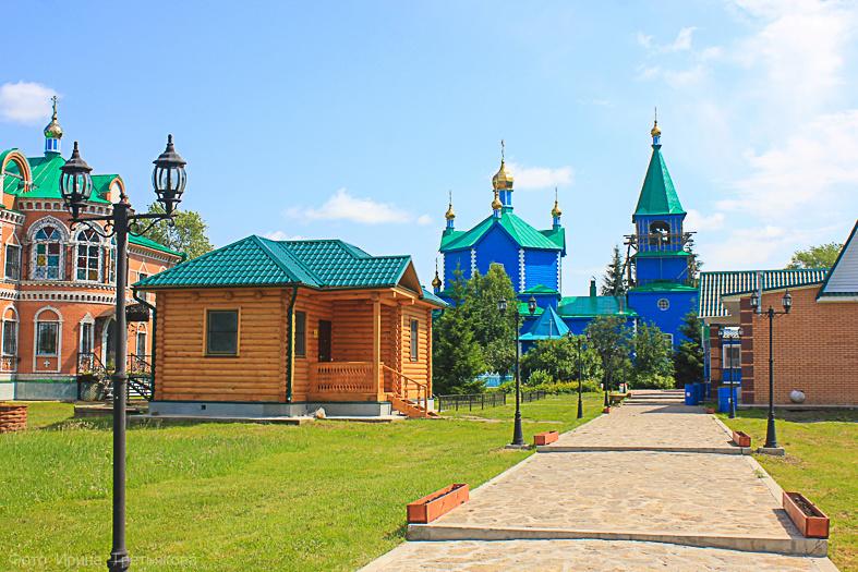 Чимеево: Свято-Казанский Чимеевский монастырь (на территории обители)