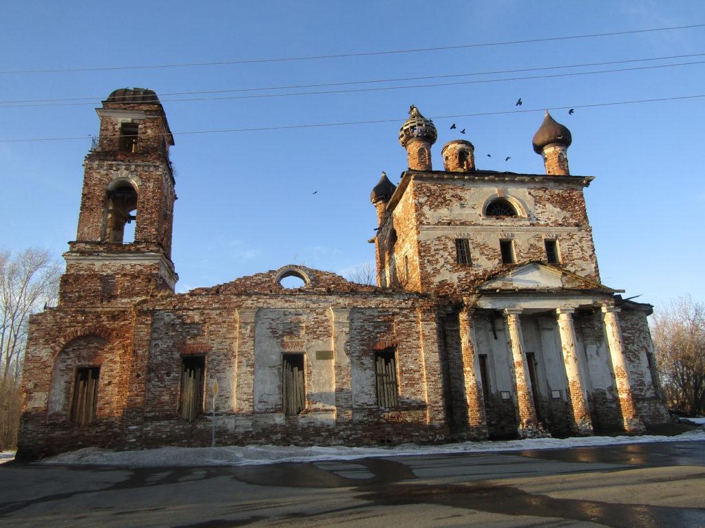 Боголюбский храм с северной стороны