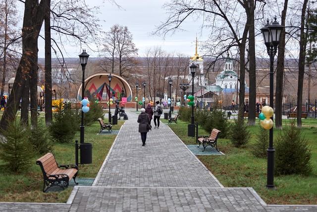 В старом-новом парке Декабристов (обновлен в 2019 году)
