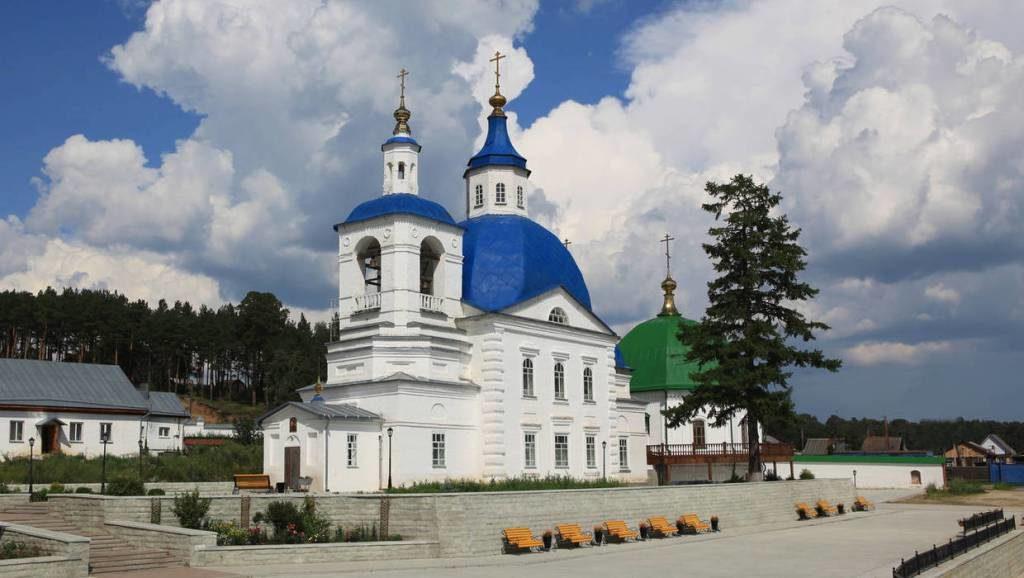 На территории Иоанно-Введенского монастыря
