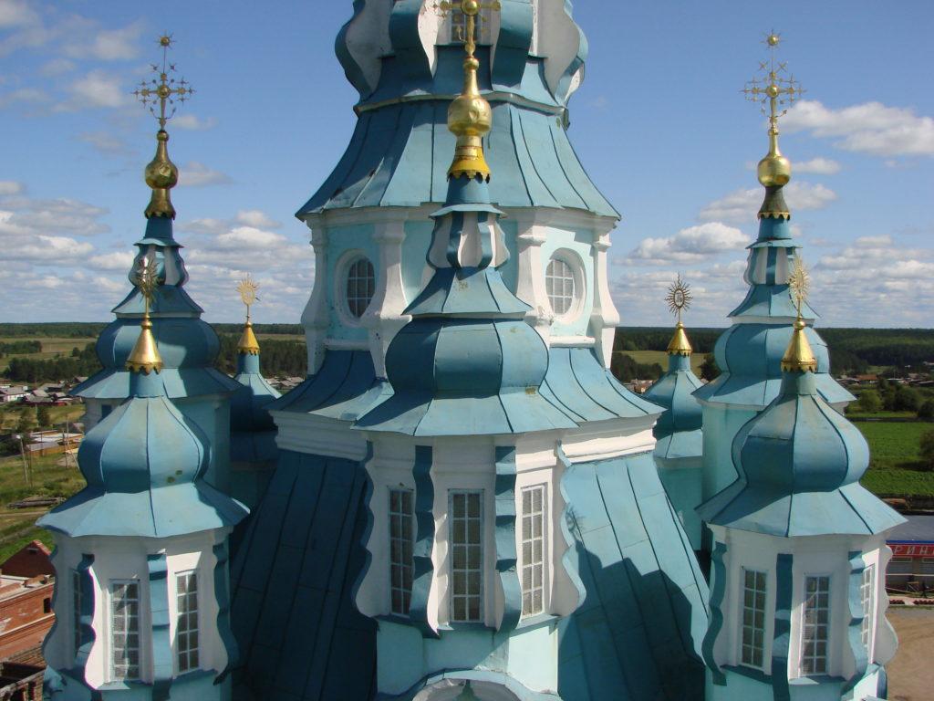 Купола Спасо-Преображенского храма