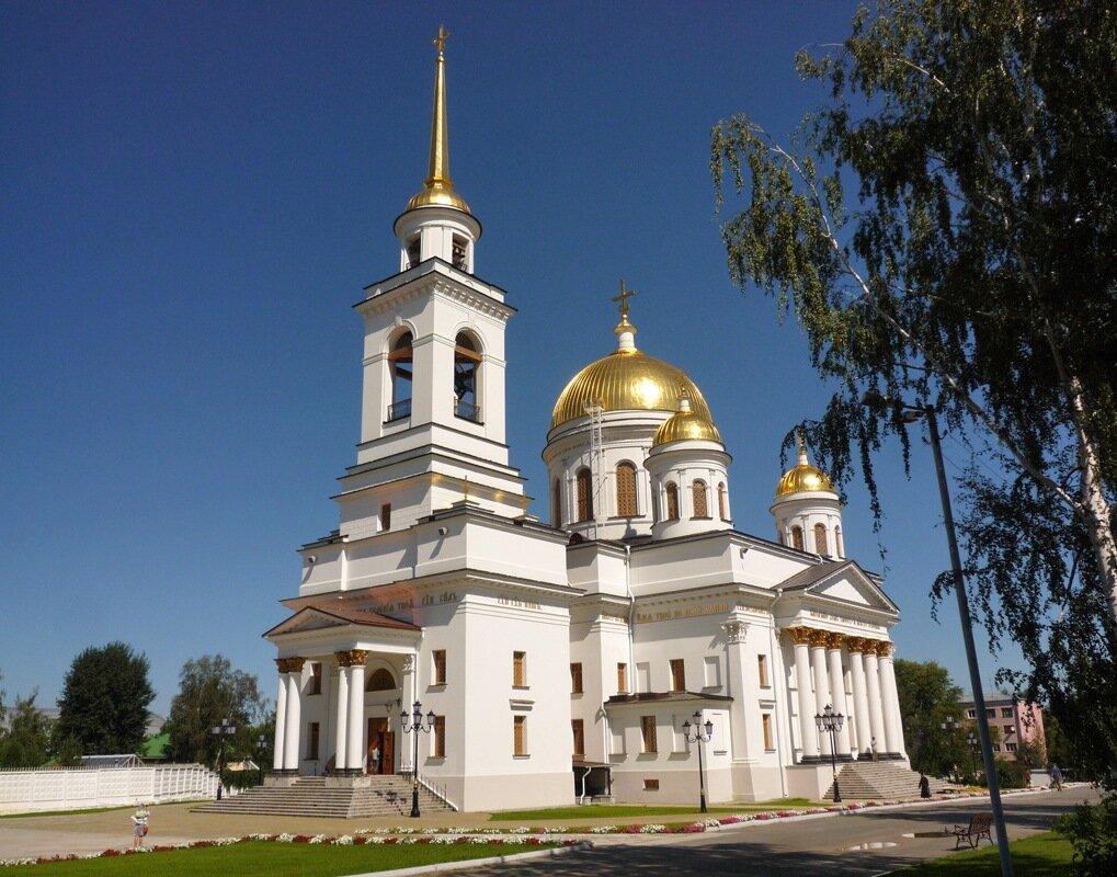 Александро-Невский собор в наше время. Фото Александра Шатунова