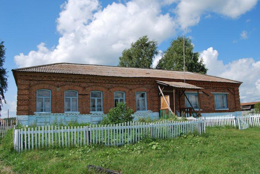 Село Чурманское Байкаловского района: храм Иоанна Богослова