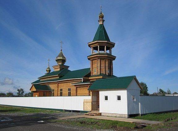Храм в честь Преображения Господня в поселке Восточный