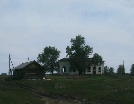 Старый Петропавловский храм и молитвенный дом во имя святителя Спиридона Тримифунтского