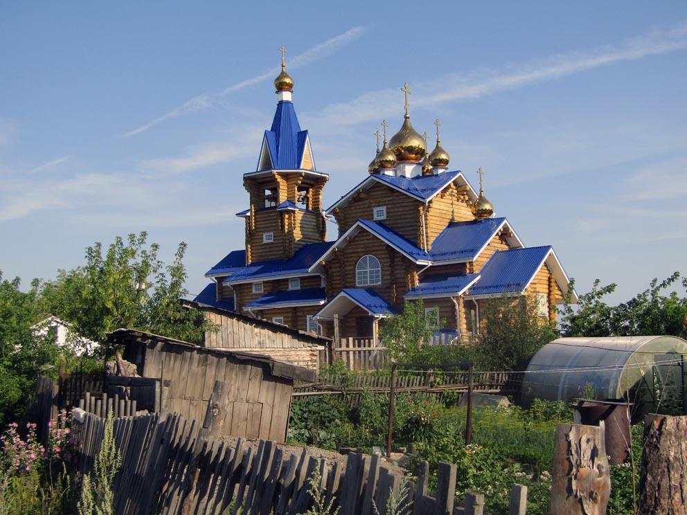 Поселок Шабровский: храм Казанской иконы Божией Матери