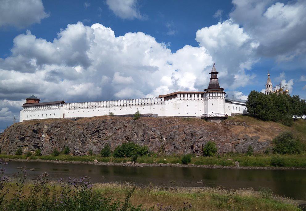 Верхотурский кремль и Свято-Троицкий собор летом 2020 года. Фото Алексея Рычкова