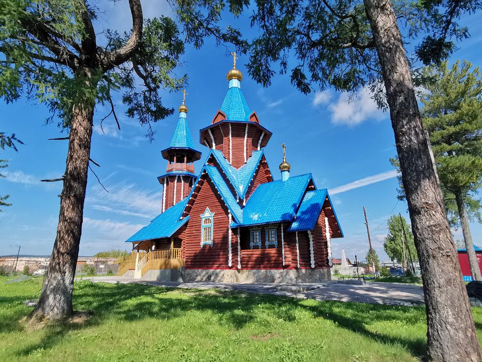 Поселок Атиг: храм Тихвинской иконы Божией Матери