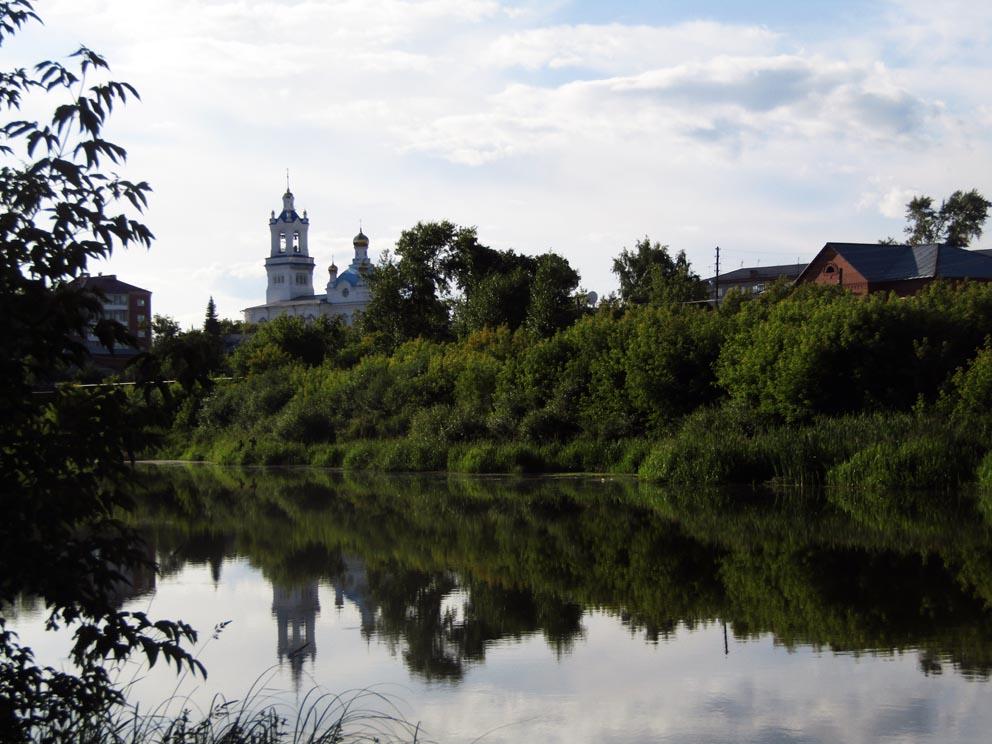 Покровский храм на закате. Фото Алексея Рычкова