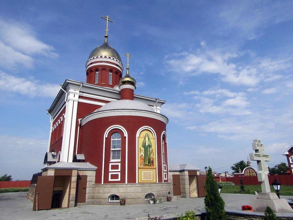 Храм во имя святой преподобномученицы Елисаветы Феодоровны в Алапаевске
