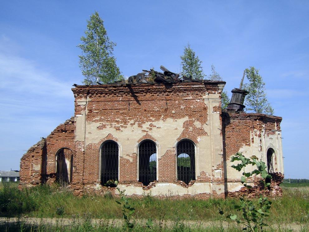Деревня Кокшарова: храм Рождества Пресвятой Богородицы