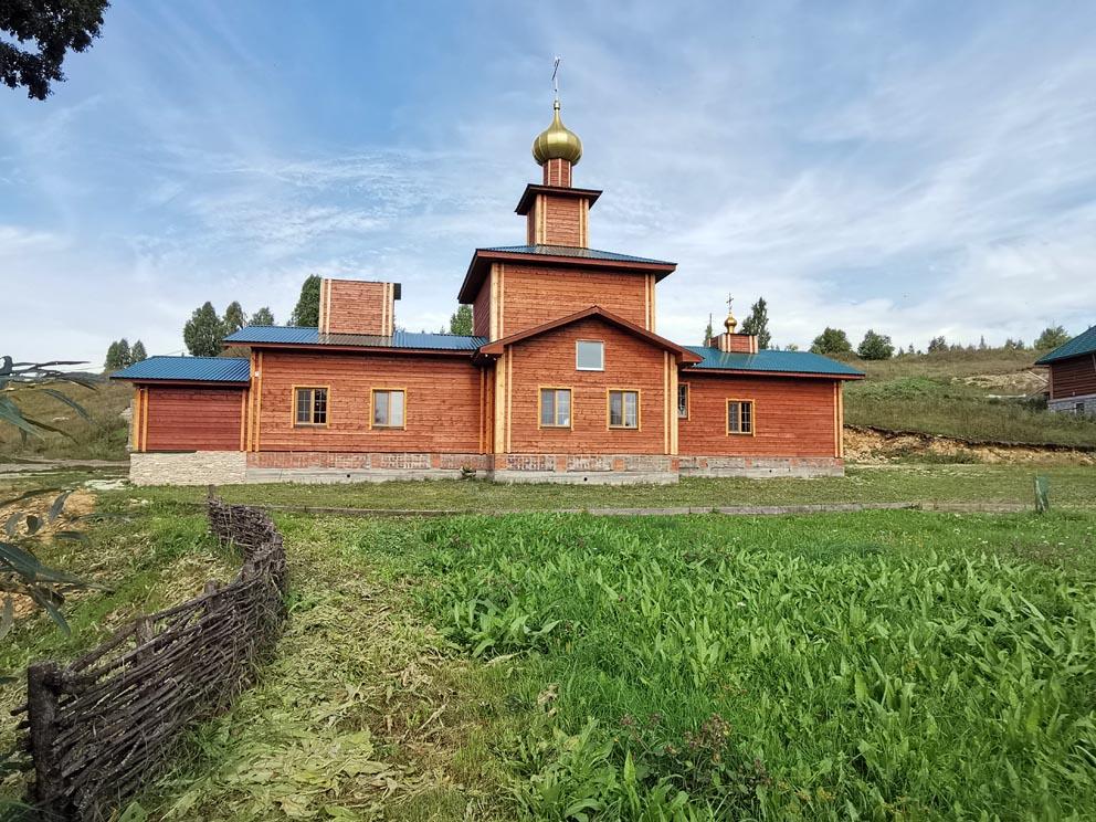 Храм Иверской иконы Божией Матери Сарсинского монастыря