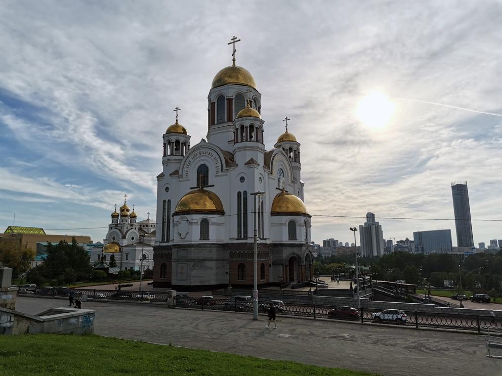 Храм на Крови в Екатеринбурге на закате солнца
