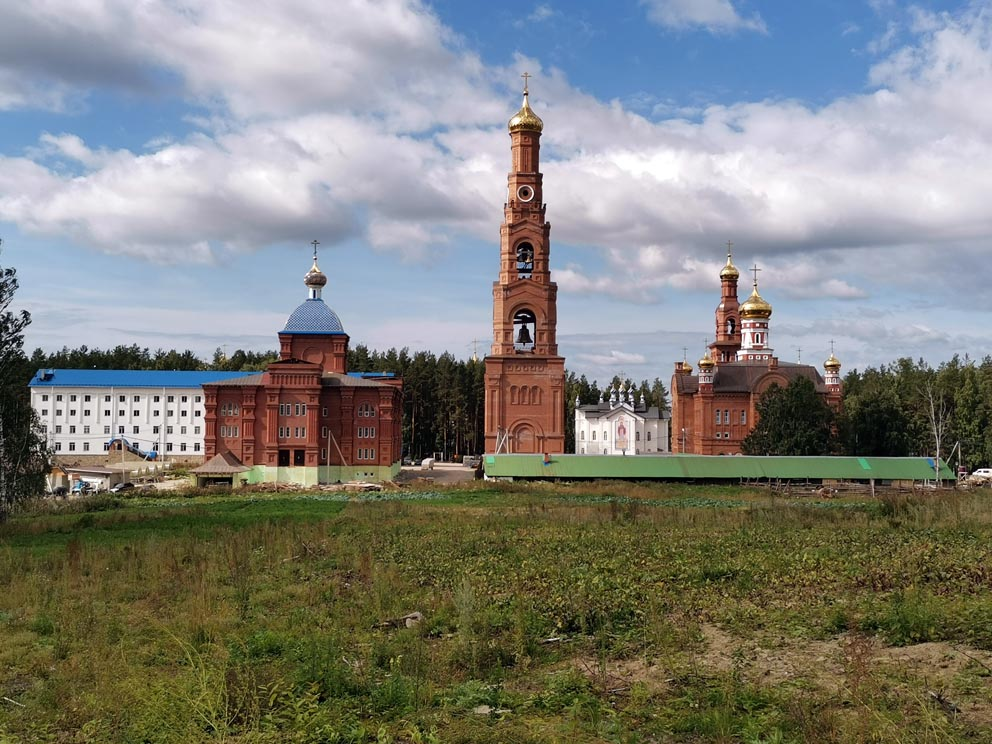 """Среднеуральский женский монастырь в честь иконы Божией Матери """"Спорительница хлебов"""
