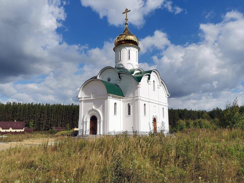 Храм в честь иконы Божией Матери Федоровская на Ганиной яме