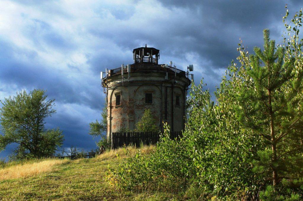 Водонапорная башня в Карпинске