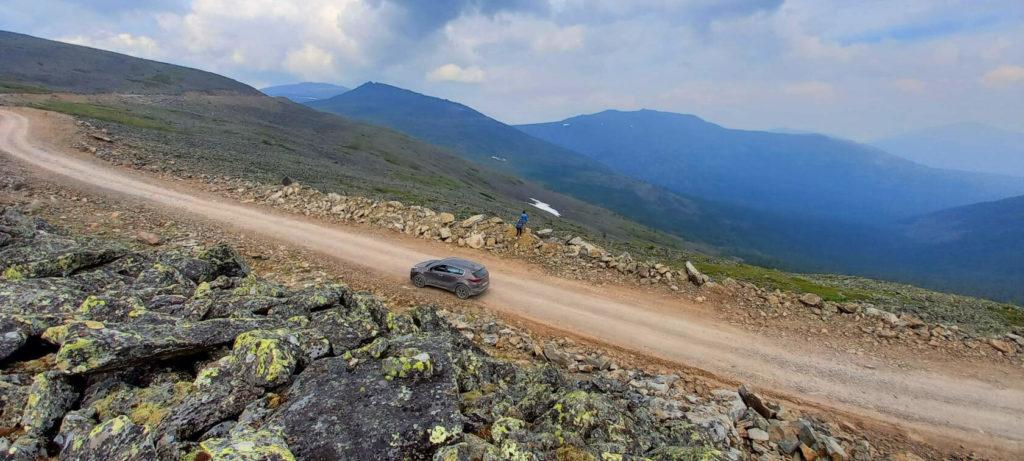 Дорога на вершину Конжаковского камня
